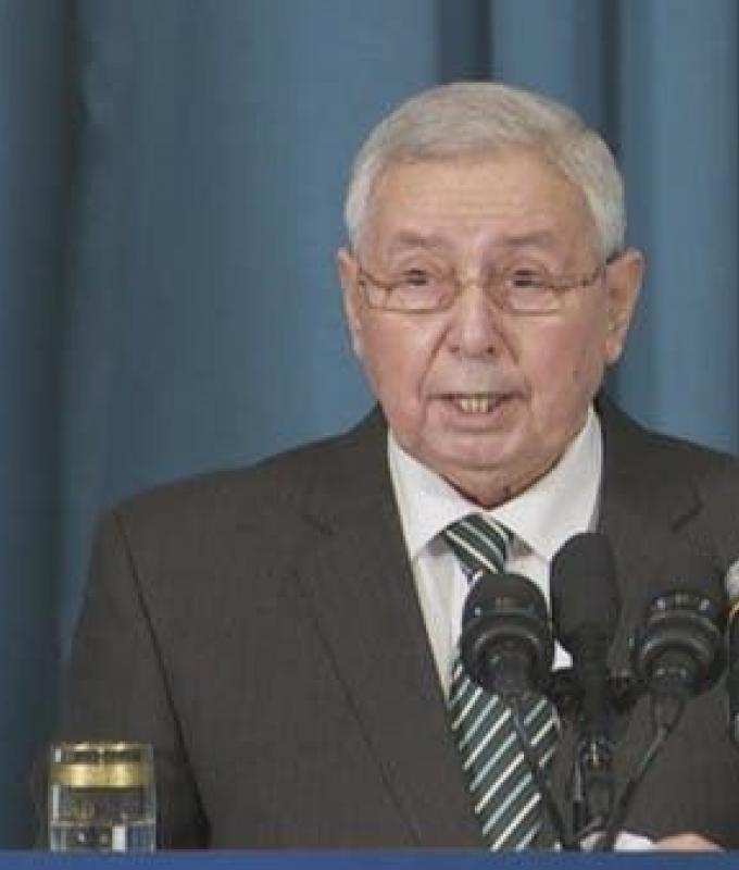 رئيس الجزائر المؤقت: انتخابات الرئاسة في 12 ديسمبر