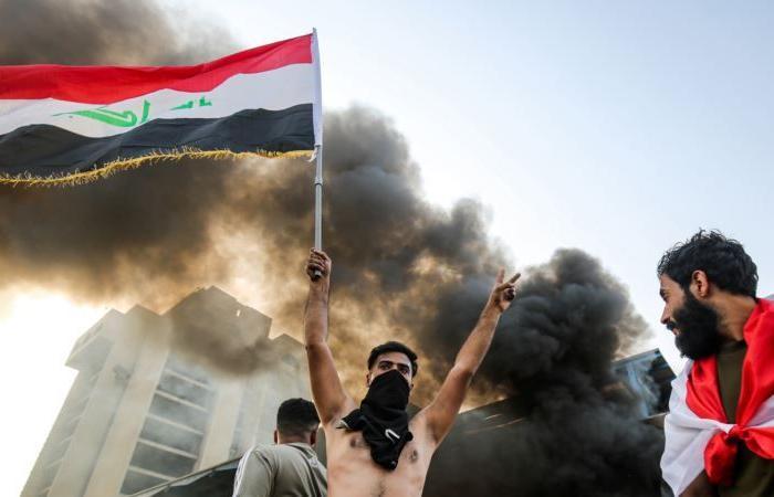 تظاهرات العراق.. ارتفاع حصيلة القتلى والسفارة الأميركية تدعو لضبط النفس