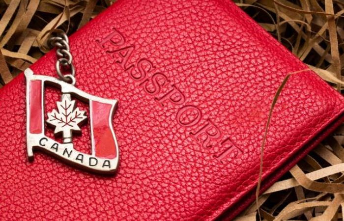 خدمات جواز السفر تستأنف العمل في كندا