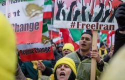 متابعات: موجة إعدام الأحوازيين بدون محاكمة مستمرة في إيران